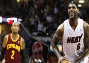 The Miami Heat are favorites in NBA odds and predictions vs the Cleveland Cavaliers on Monday.